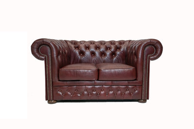 Chesterfield Sofa  First Class Leather | 2-Seater | Cloudy Red | 12 jaar Guarantee