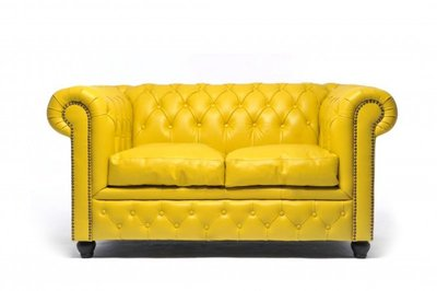 Chesterfield Original 2-Seat Sofa Yellow